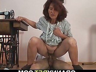 Granny Mammy Mature Old and Young Teen