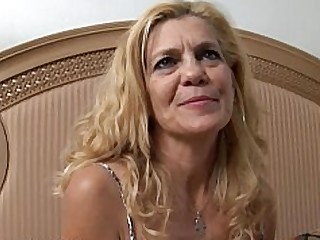 Babe Cougar Fuck Granny Housewife Juicy Mammy Mature